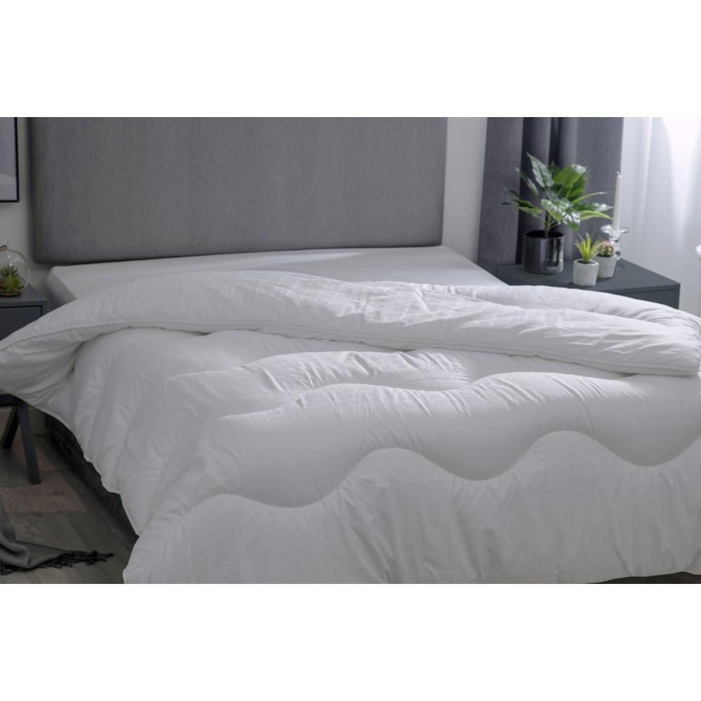 13.5 Tog Hotel Suite Quality Microfibre Down Duvet