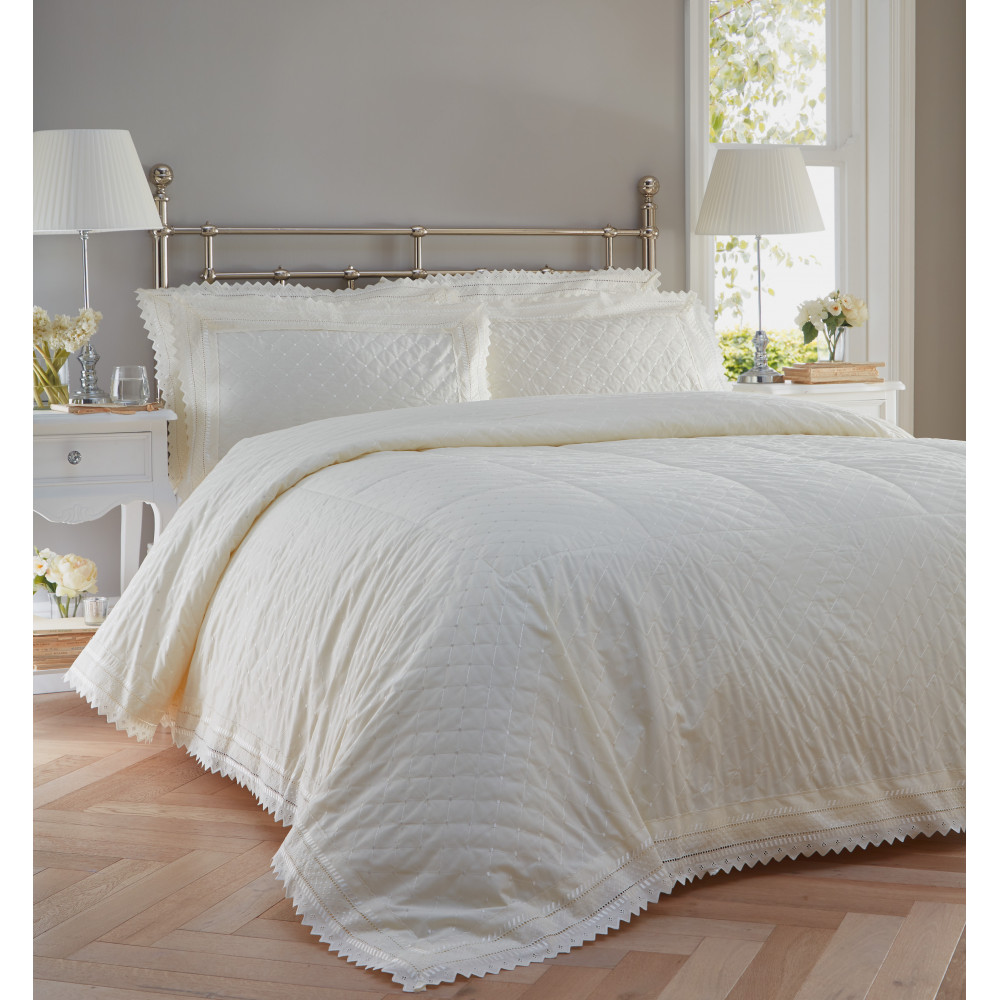 Traditional Broderie Anglaise Bedspread Set in Ivory
