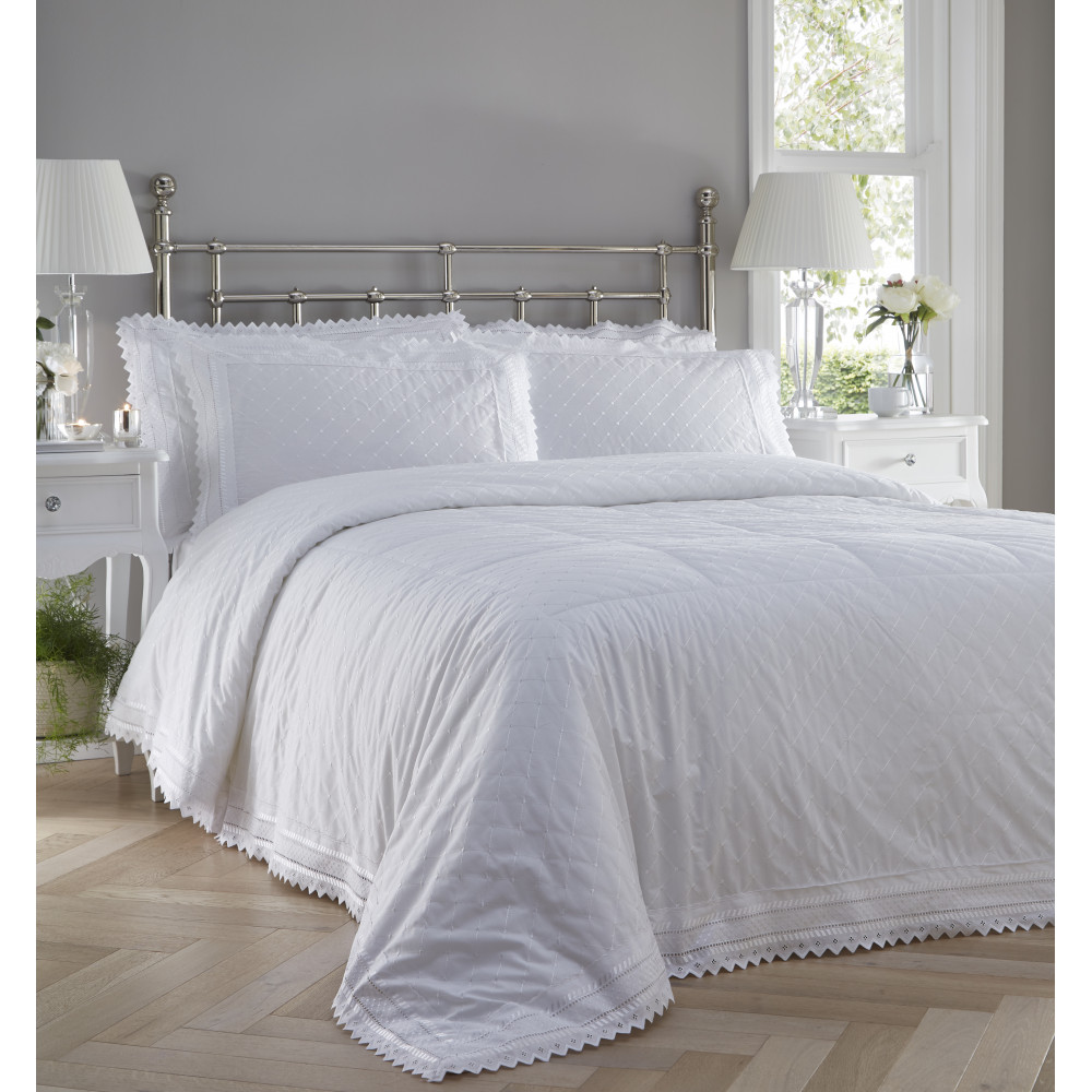 Traditional Broderie Anglaise Bedspread Set in White