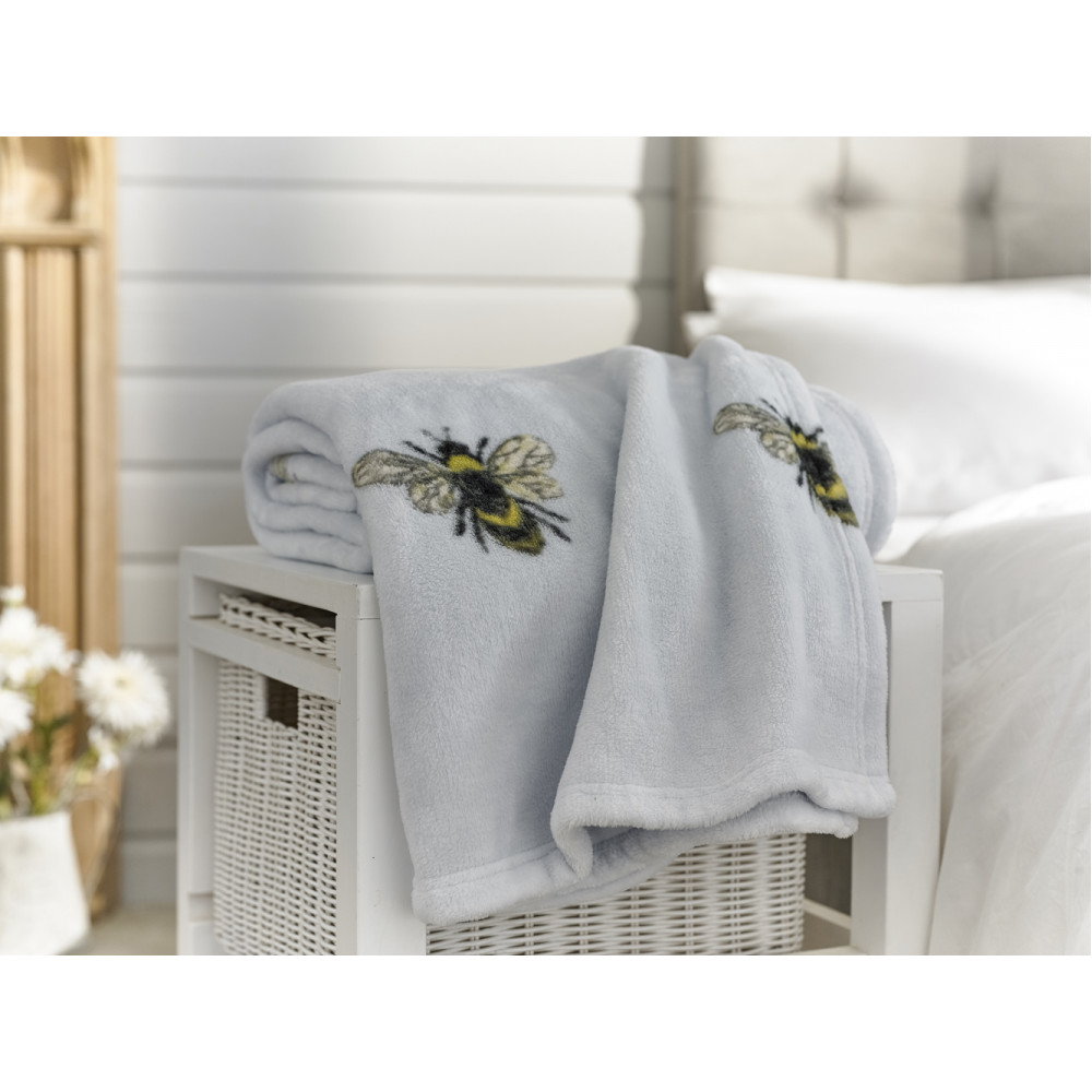 Supersoft Throw in Blue Bumble Bee Design