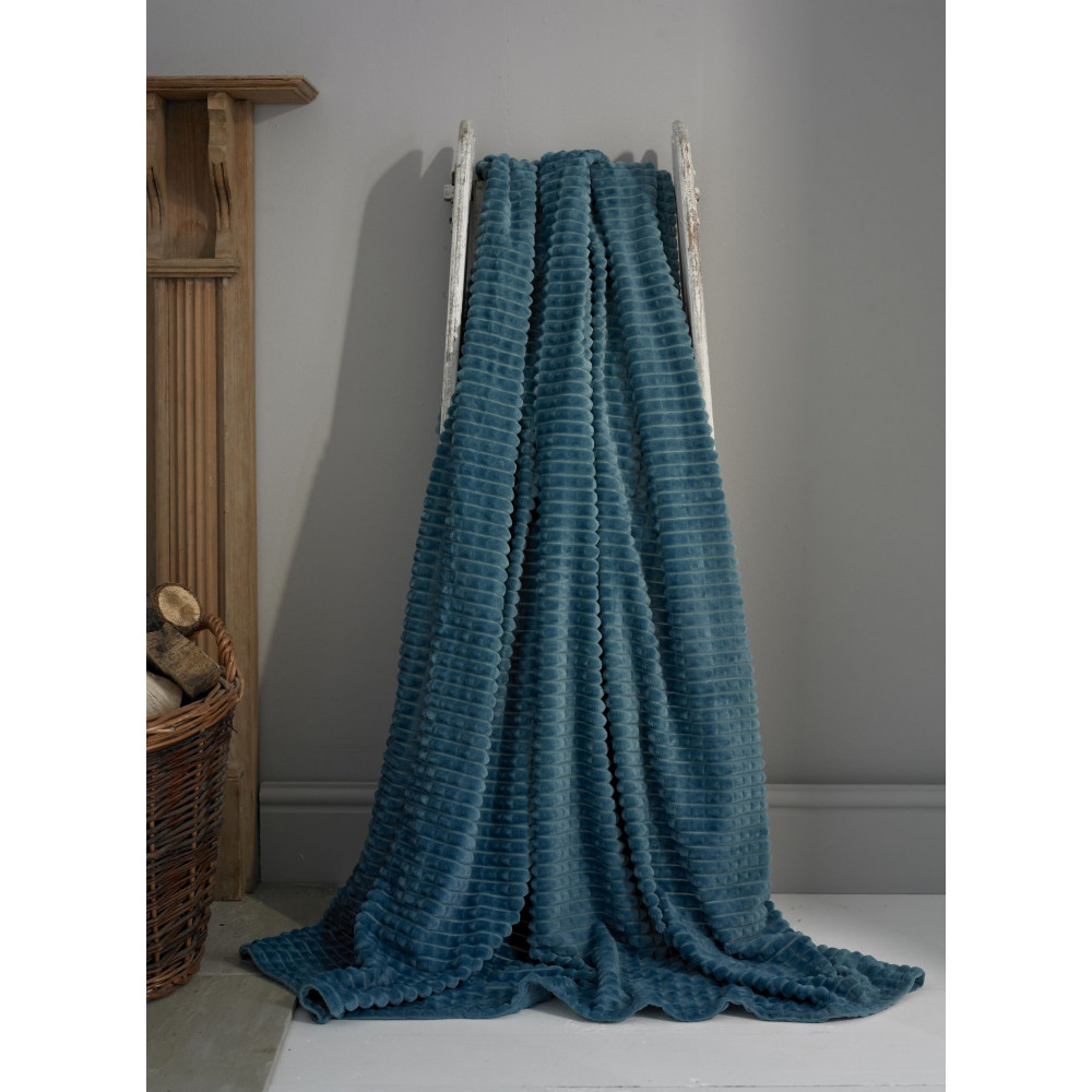 Luxury  Supersoft Throw in Teal