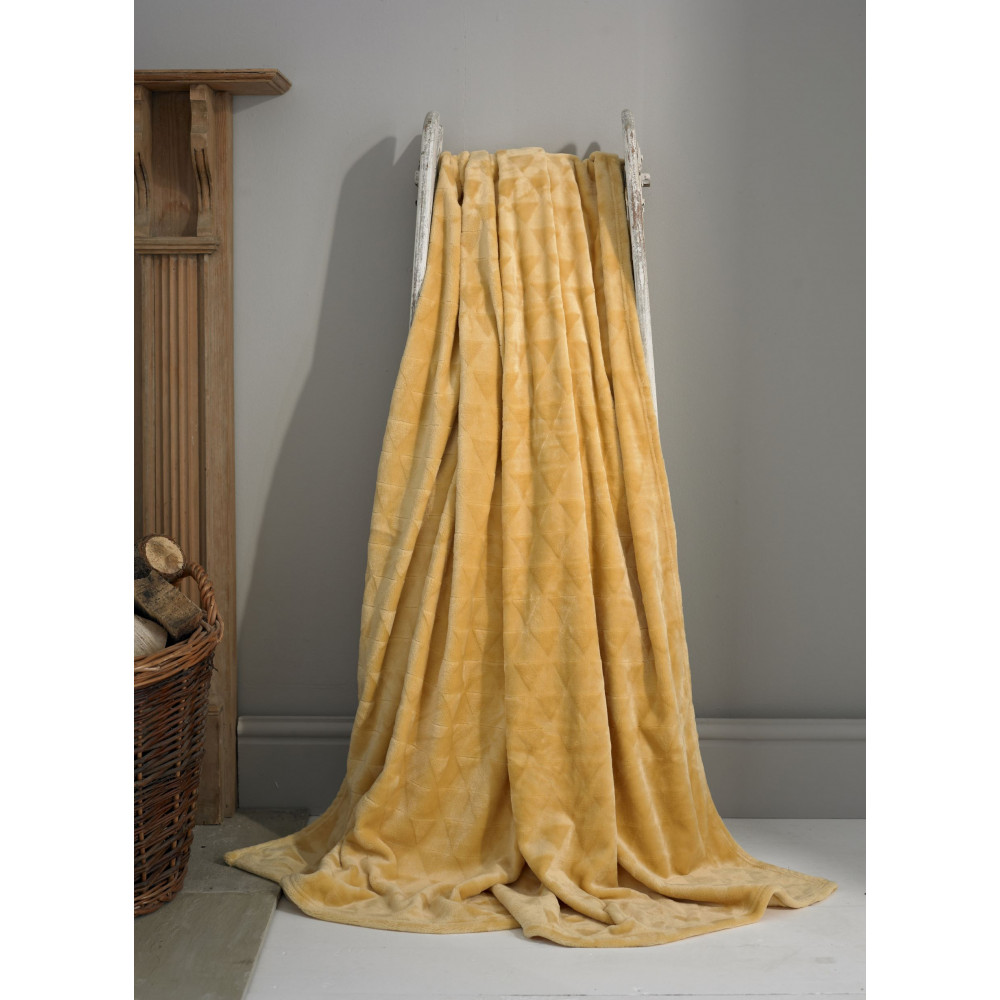 Luxury Supersoft Plush Throw in Ochre Yellow