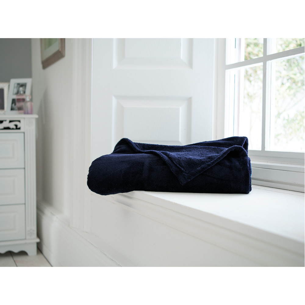 Snuggletouch Supersoft Throw in Navy Blue