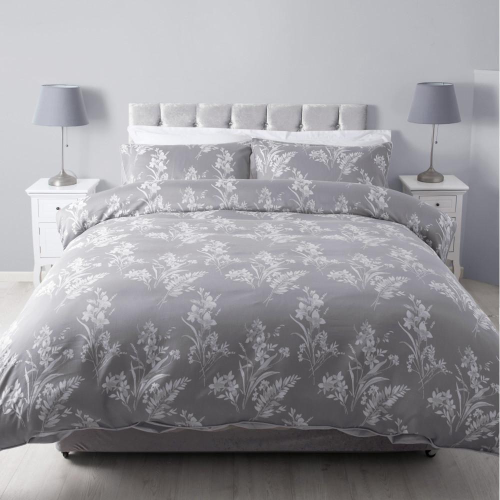 Modern Jacquard Duvet Cover or Bedspread in Silver