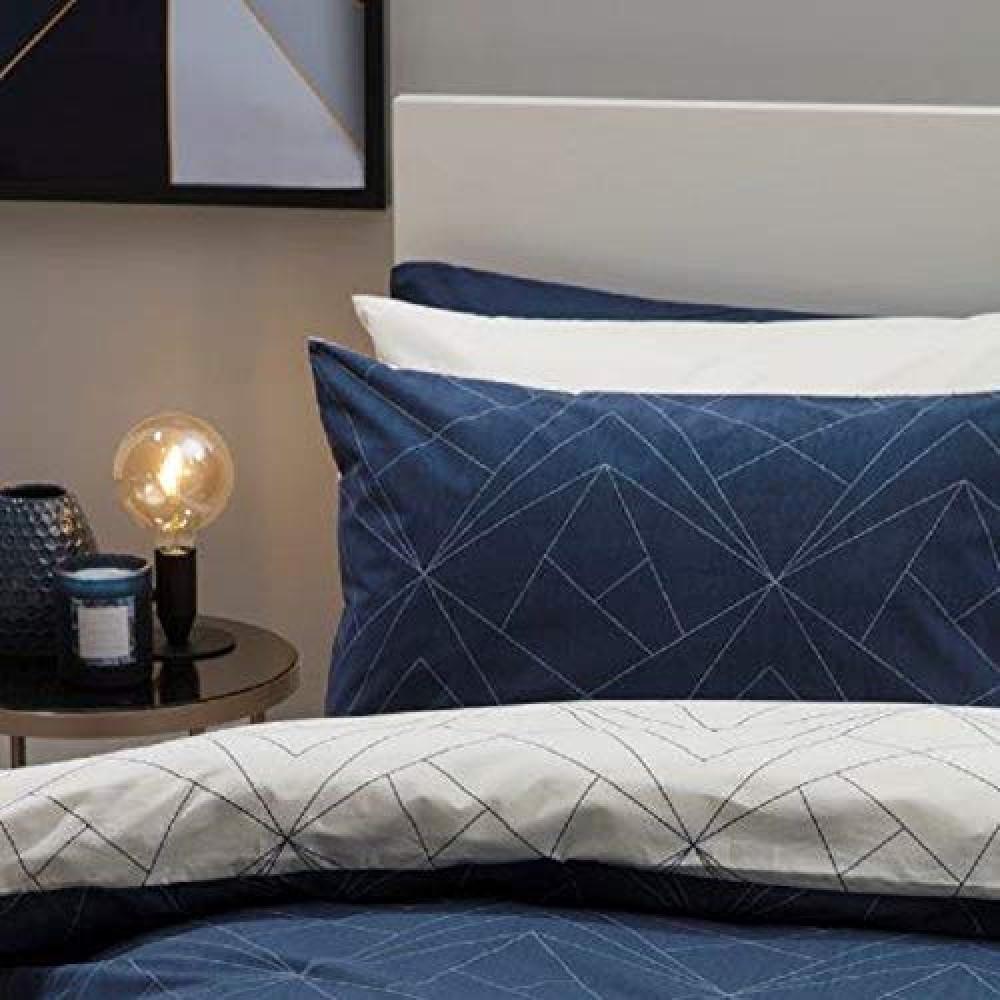 Striking Duvet Cover Set Navy Blue & Ivory Reversible