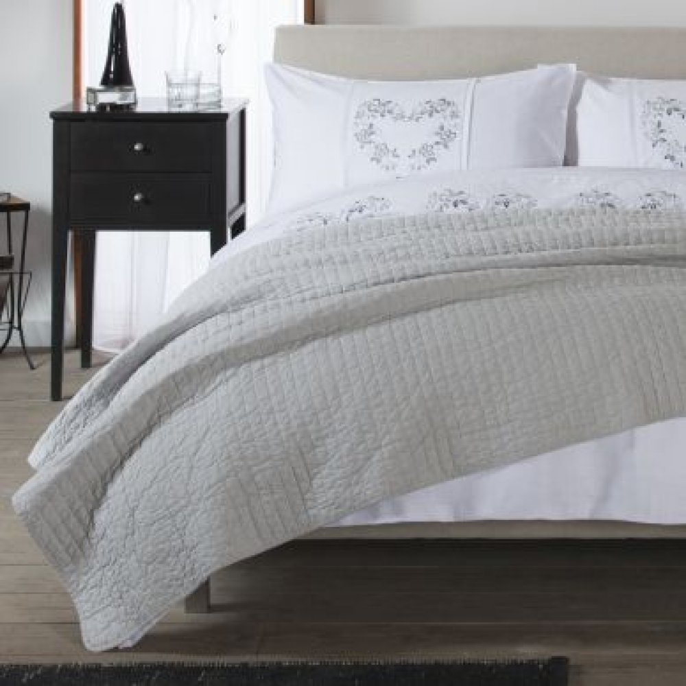 Lightly Quilted Cotton Covered Bedspread